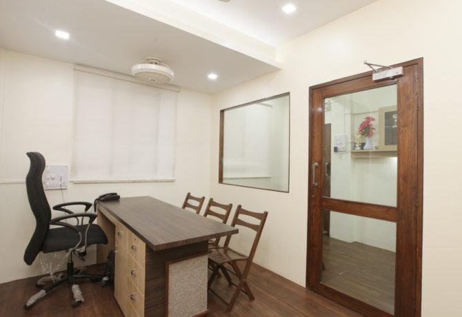 Amit-Laghate_Commercial-interior-design_Girish-Damle-office_02