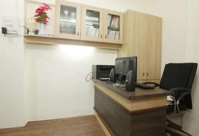 Amit-Laghate_Commercial-interior-design_Girish-Damle-office_04
