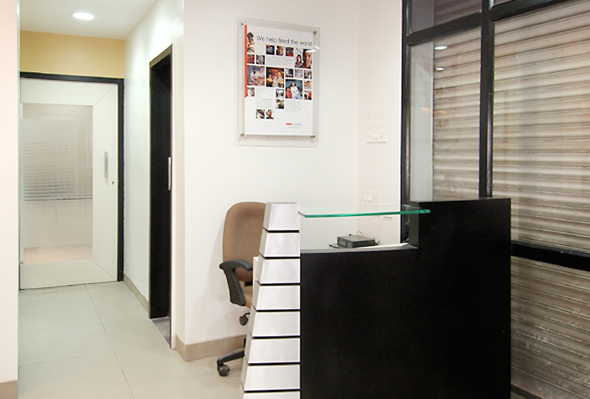 Amit-Laghate_Commercial-interior-design_JBTC-India-office_04