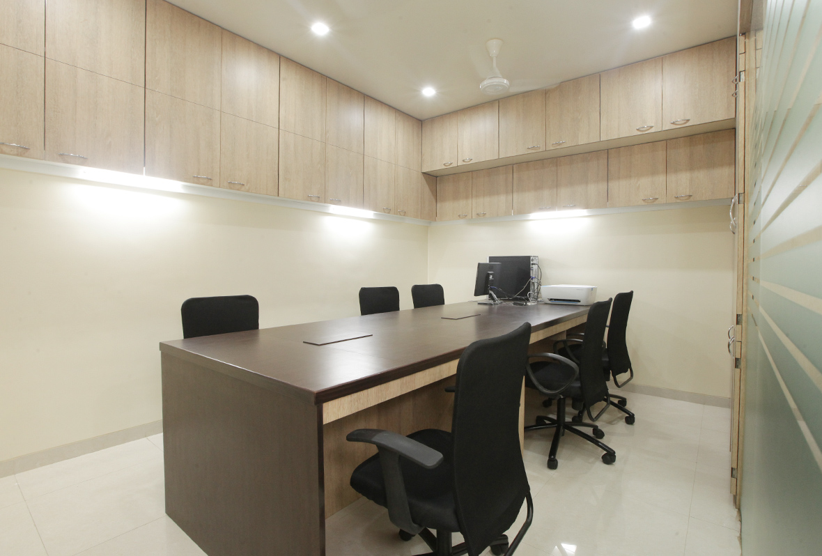 Amit-Laghate_Commercial-interior-design_Milind-Phadke-Office_02