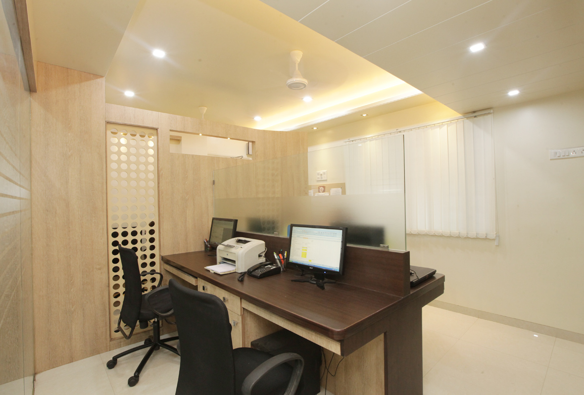 Amit-Laghate_Commercial-interior-design_Milind-Phadke-Office_03