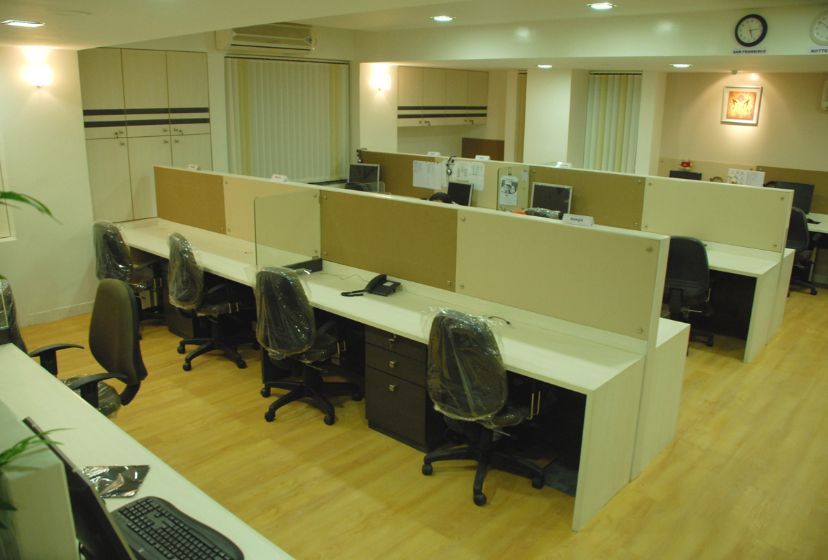 Amit Laghate_Commercial interior design_Whitehedge Technology office_02
